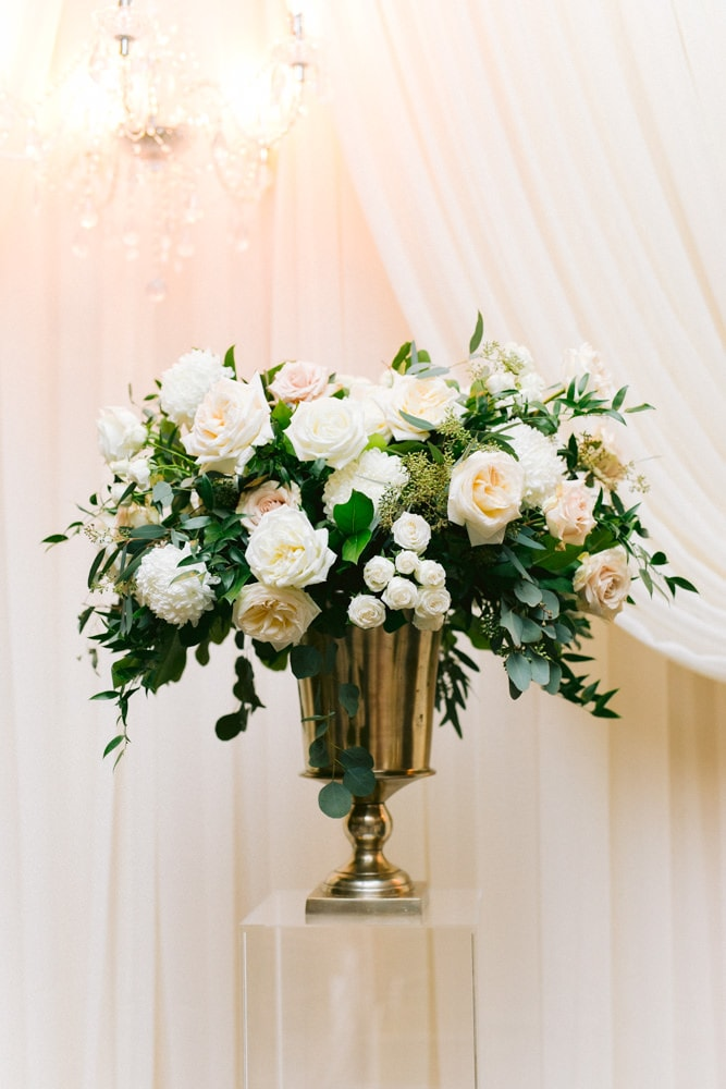 Lush Florals at White Oaks Reception