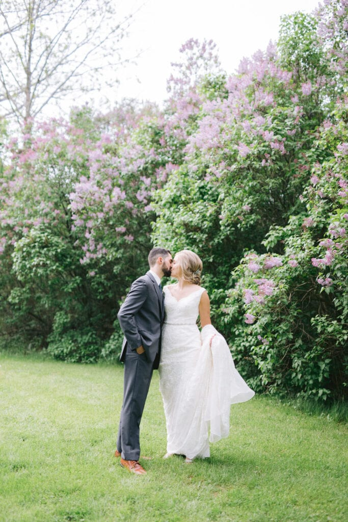 Spring Wedding Photo Ideas